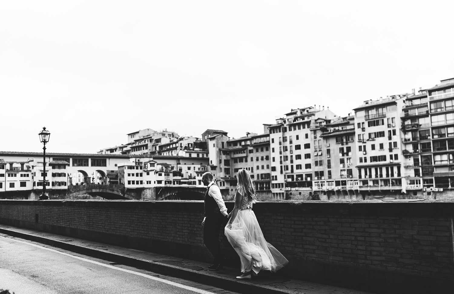 elopement in Tuscany